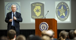 """Terry Hake worked undercover for the FBI investigating judicial corruption in Chicago. Speaking at the University of St. Thomas School of law, he advised students to be """"self-protective"""" when they encounter unethical practices. (Photo:  Mark Brown, University of St. Thomas Photo Services)"""