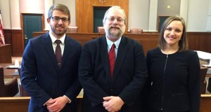 Law student Colin Seaborg, Professor Gregory Sisk, law student Lindsay Lien Rinholen recently prevailed in the 9th Circuit. (Submitted photo)