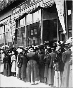 Minneapolis women vote in a 1908 school board election in a downtown Minneapolis precinct. (Submitted image: Minnesota Historical Society)