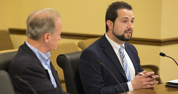 David Bernstein, right, chair of Minnesota's DWI Task Force, states his case before the Senate Judiciary committee on May 12 while the committee's chair, Sen. Warren Limmer, R-Maple Grove, listens. (Staff photo: Kevin Featherly)