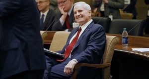 Gov. Mark Dayton's polling numbers are strong, even in Trump-won districts. (File photo: Kevin Featherly)