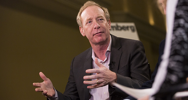 """Brad Smith, president of Microsoft Corp., says the Supreme Court should leave it to Congress to update the 1986 law governing worldwide electronic data storage. """"The current laws were written for the era of the floppy disk, not the world of the cloud,"""" Smith said in a blog posting. (Bloomberg News photo)"""