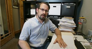 """Matt Ehling, president of Public Record Media, said the public deserves to know what the state promised in its bid to land Amazon's second headquarters campus. """"We don't know what the whole pitch was,"""" he said. He was photographed in his St. Paul office at 2375 W. University Ave. (Staff photo: Bill Klotz)"""
