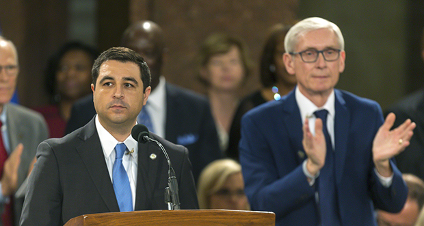 Wisconsin Attorney General Josh Kaul speaks Jan. 7, 2019 at the inauguration of Gov. Tony Evers, right, at the state Capitol in Madison, Wisconsin. (AP file photo)