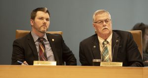 Sen. Mark Johnson, R-East Grand Forks (left), is the author of Senate File 558, a bill that would send bid protest denial challenges to district courts rather than the Court of Appeals. To his left sits Sen. Bill Ingebrigtsen, R-Alexandria. (Staff photo: Kevin Featherly)
