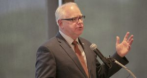 Gov. Tim Walz delivers the keynote speech Tuesday at the annual Minnesota Society of Professlonal Journalists banquet. (Staff photo Kevin Featherly)