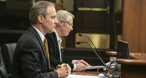 Rep. Ray Dehn, DFL-Minneapolis, (right) tells the House Judiciary committee Wednesday about his bill to protect voter privacy during the upcoming presidential primary. Secretary of State Steve Simon, who supports the legislation, appears at left. (Staff photo: Kevin Featherly)