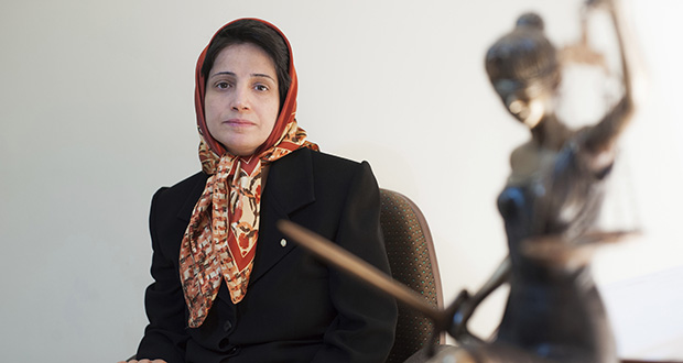 In this Nov. 1, 2008 file photo, Iranian human rights lawyer Nasrin Sotoudeh, poses for a photograph in her office in Tehran, Iran. (AP file photo)