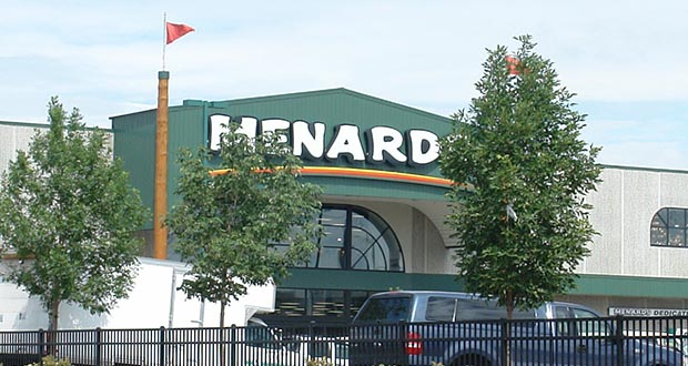 Menard operates home improvement retail stores in Minnesota and other Midwestern states under the name of Menards, including this store at 2005 University Ave. in St. Paul. (Photo: CoStar)